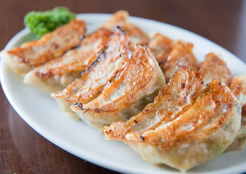 箕面で餃子を食べるなら。 受け継がれた伝統の味。