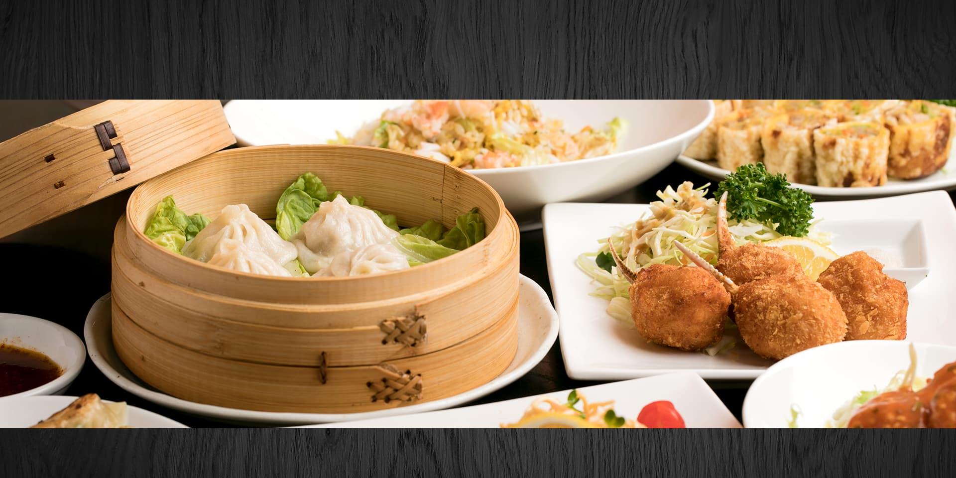 お昼はリーズナブルに夜はお酒とともにこだわりの中華料理をお楽しみください